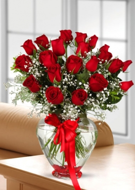 Kalp Vazoda 23 Gül Aşk Aranjmanı