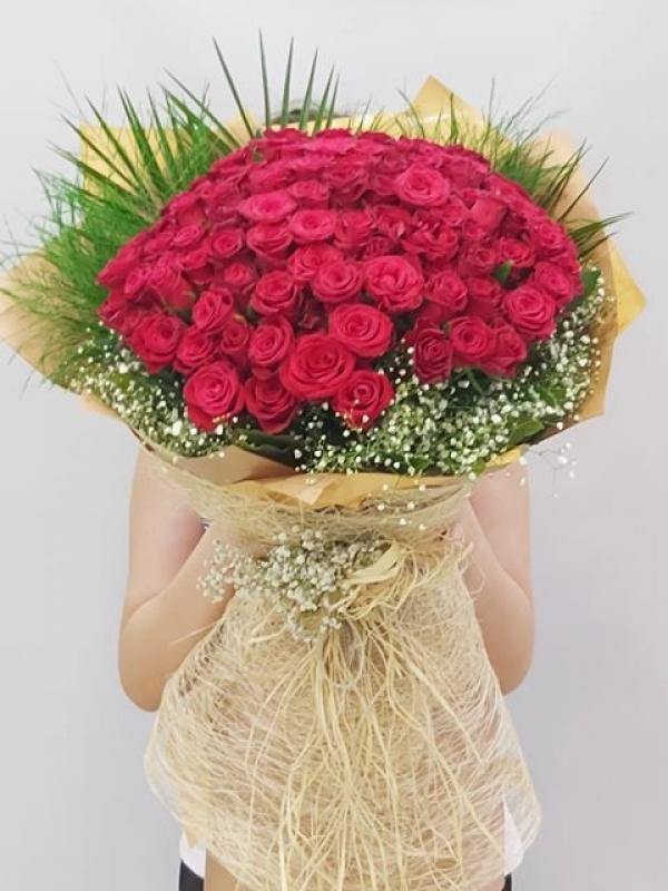 101 Gül İsteme Nişan Söz Çiçeği Buketi