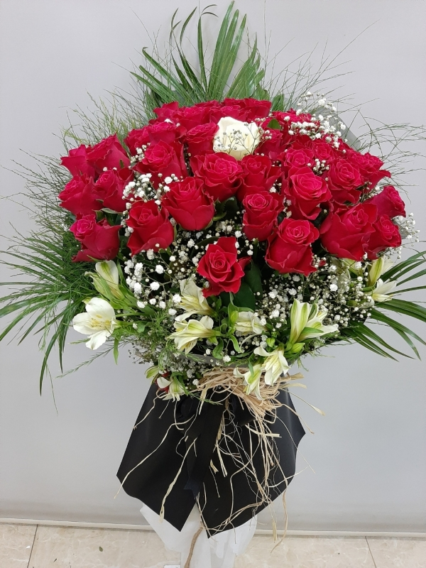 Özel İsteme Söz Nişan Çiçeği Buketi