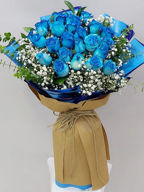 21 Mavi Gül Buketi