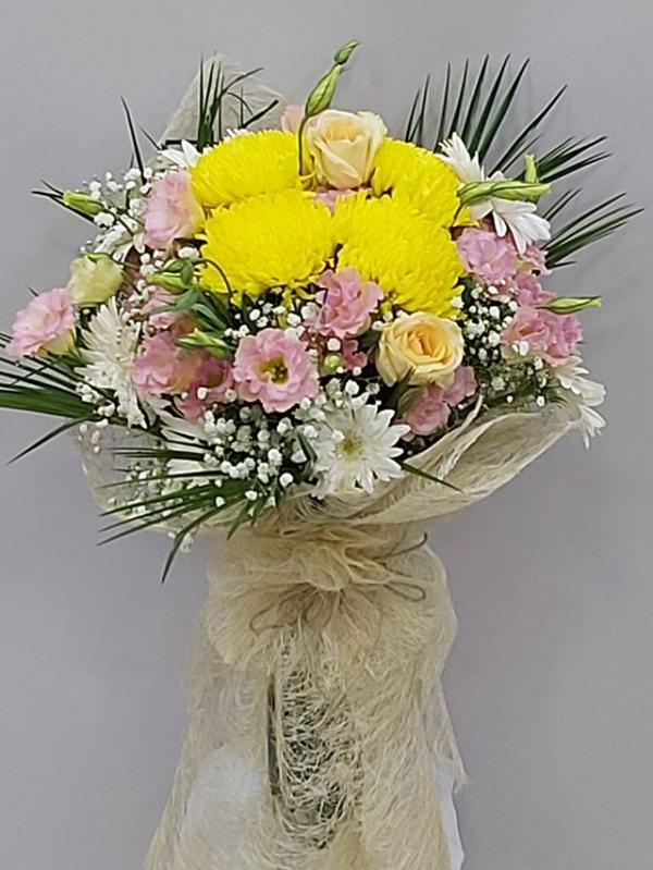Pembe Sarı Çiçek Buketi