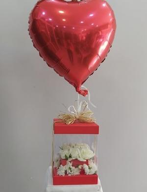 Kutuda Gül Uçan Kalp Balon