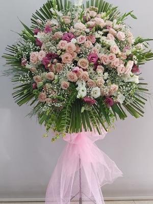 Pembe Ferforje Çiçek Aranjmanı