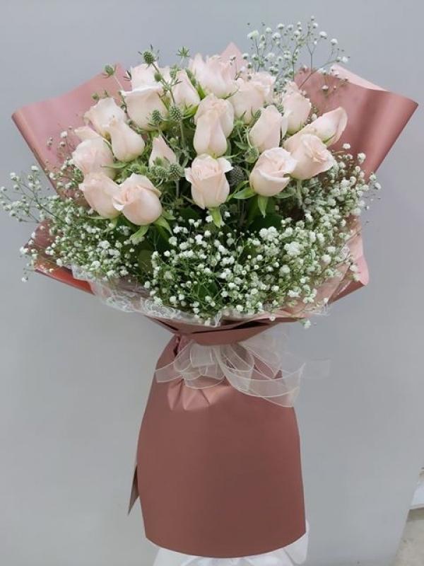 Pembe Gül Buket Çiçek